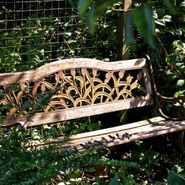 garden-bench-1636418_1280