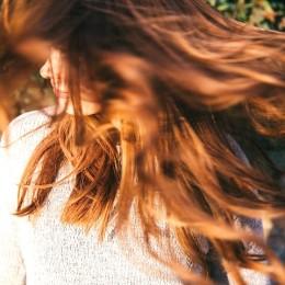 J'ai retrouvé de l'éclat dans mes cheveux grâce à des compléments alimentaires cheveux !